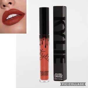 NIB KYLIE JENNER Velvet Liquid Lipstick